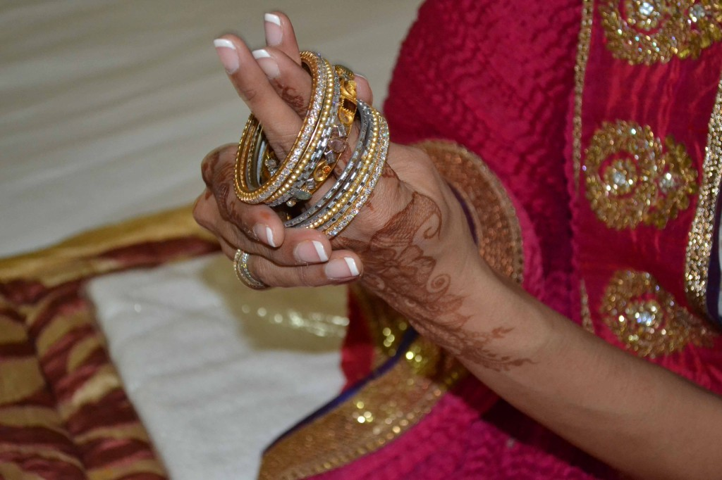 Indian Wedding Photos | Love the Jewellery