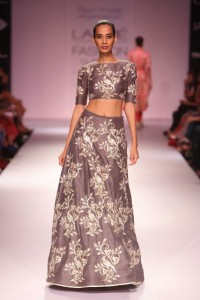 Day 4-Show 3- Nupur Kanoi + Payal Singhal - Facebook39