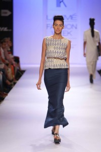 Day 3-Show 2- Aartivijay Gupta + ILK + Tanya Sharma - Facebook16
