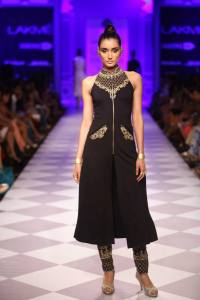 Anita Dongre's collection at Lakme Fashion Week 2014