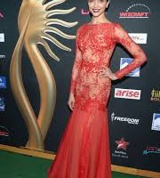 Deepika Padukone at the IIFA Awards 2014