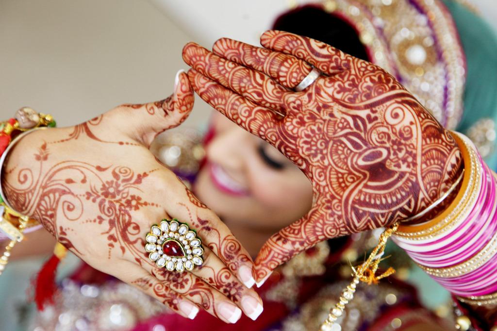 Bridal mehendi - Bridal lehenga