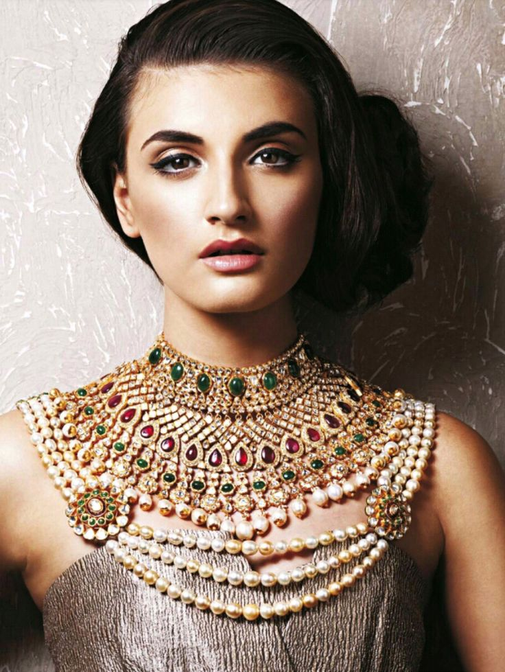 Indian bridal jewellery