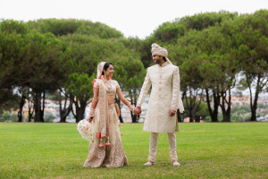 Kiran & Ajay Hold Hands | The Art of Capturing the Moment